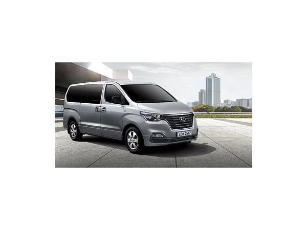 pip-grand-starex-highlights-inside-the-vehicle-image_(1).jpg